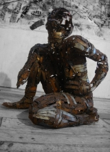 Murer Sentada. 2011. Steel.